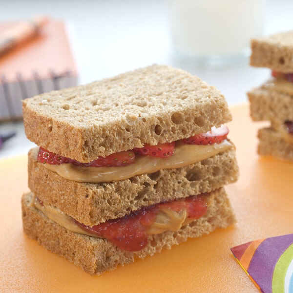 Double Strawberry Peanut Butter Club – Recipes